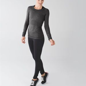 LULULEMON Swifly Tech long sleeve top size 4 grey